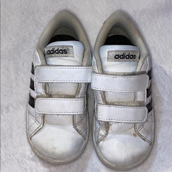 Adidas Neo Classic Velcro closure Kids Shoes 8K